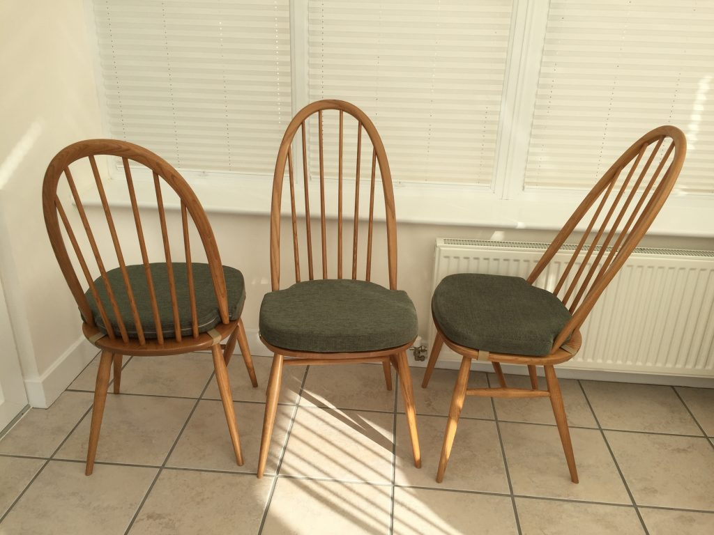 Beau Quaker Dining Chairs